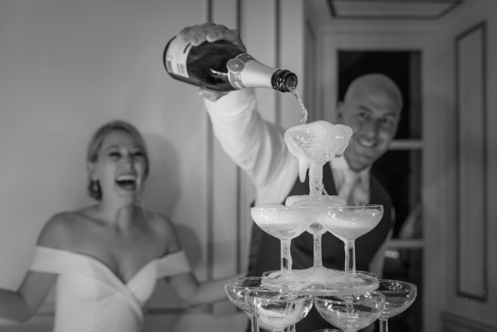 how to choose your wedding photographer in france?